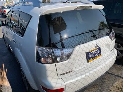 2009 Mitsubishi Outlander SE